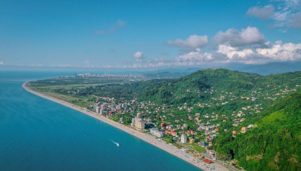 Пляжи Гонио
